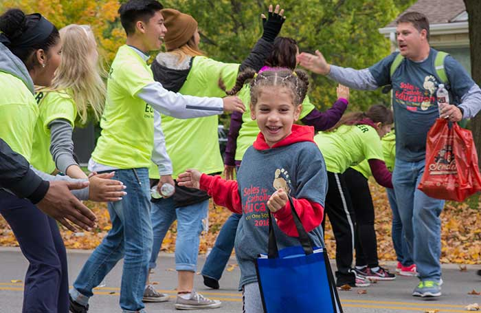10-gabrielle-nyemeck-st-mathias-school-gives-high-fives-at-halfway-point